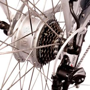 Bici eléctrica Pedalec City 5000SP. Detalle cambios y motor